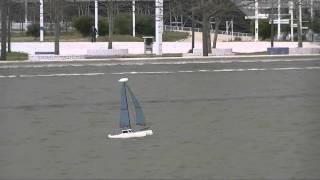 CVP - My MiniCat Catamaran Self Righting on heavy winds