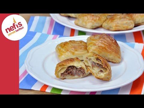 Samsa Böreği Tarifi - El Açması Kat Kat Kıymalı Börek Yapımı