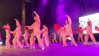 Χορός με βεντάλιες