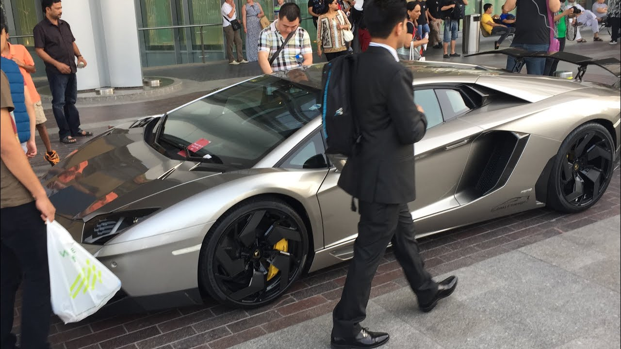 Don T Park Your Supercar In Front Of The Dubai Mall Youtube
