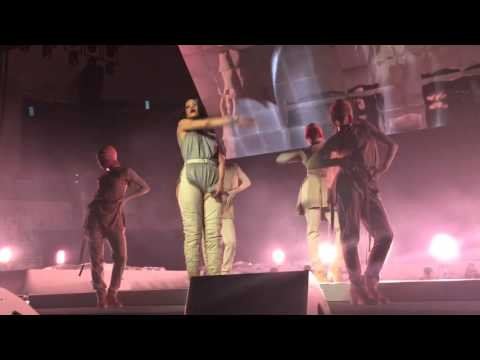 Rihanna: Birthday Cake/Pour It Up/Numb Live In Jacksonville ANTI WORLD TOUR
