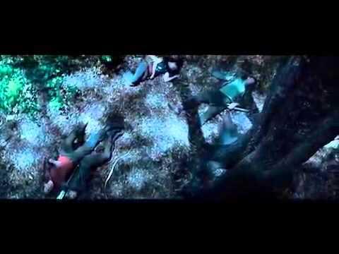 The Hunger Games Tracker Jacker Scene Youtube