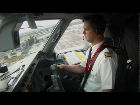 Embraer 190 Into Toronto