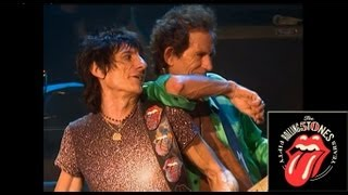 Смотреть музыкальный клип The Rolling Stones - Stray Cat Blues - Live Official