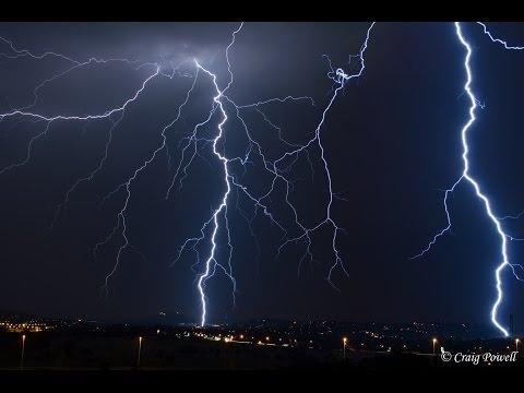 Thunderstorm moving in over Pretoria - 27 Jan 2015