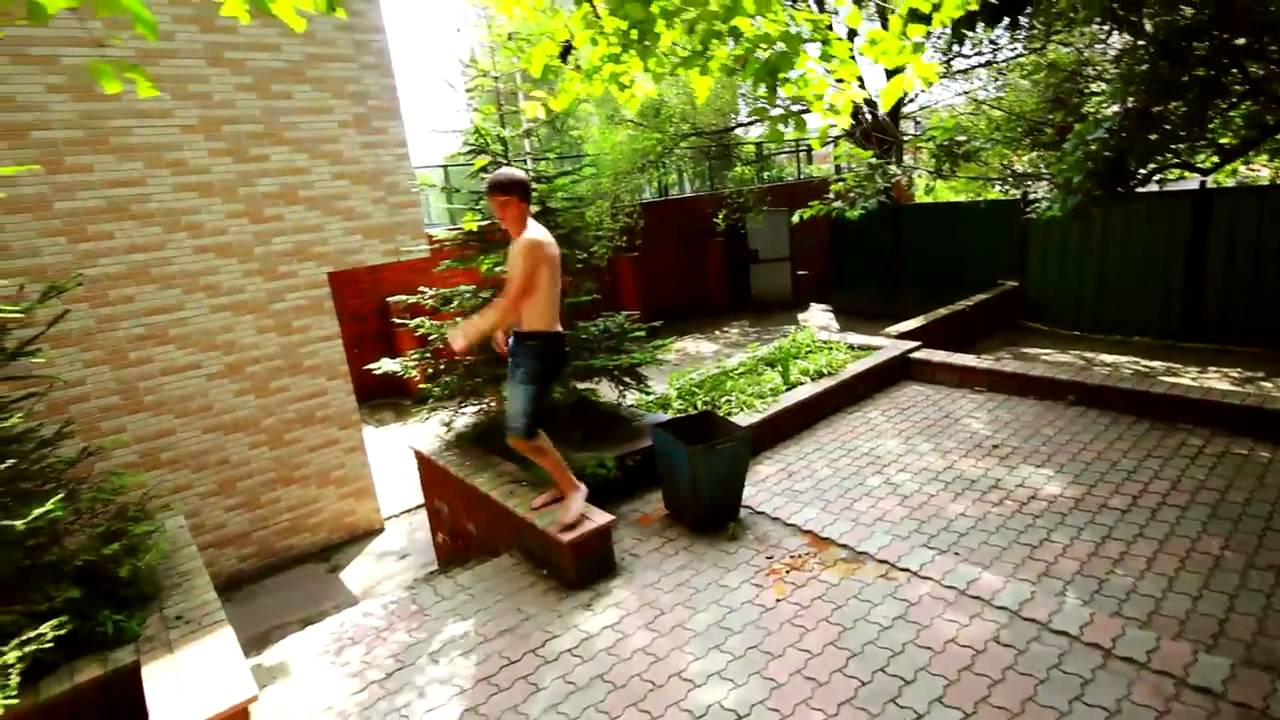 You can do it barefoot - Parkour & Freerunning 2011 - YouTube
