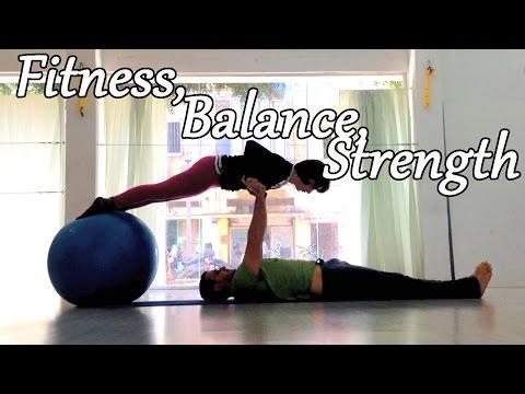 AcroYoga fitness exercise