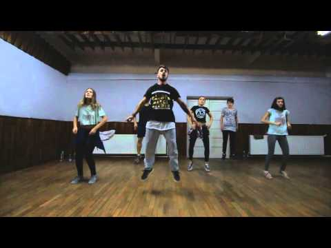 Afro Beginners class with Eugen Ocneanu at Feel Groove Dance Studio