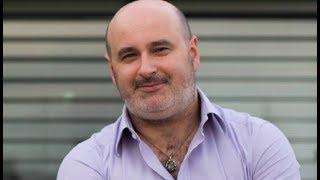 Miguel Gonçalves - Comunicador de Ciência - Maluco Beleza LIVESHOW
