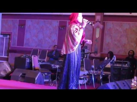 Ketika Cinta - Siti Nurhaliza (Cover by Mia Silvia)
