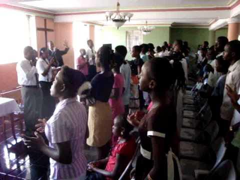 Jacmel Haiti. Songs of  praise & worship!