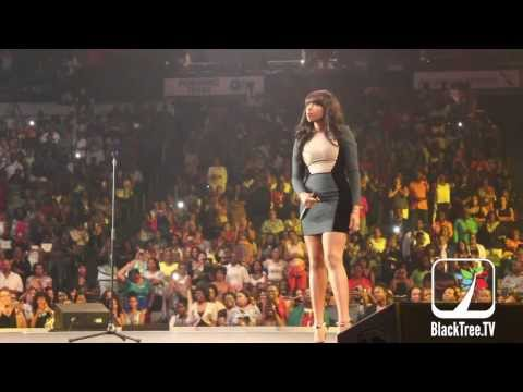 Megafest   Jennifer Hudson Performs 'And I am Telling You' at the Women of Purpose Concert