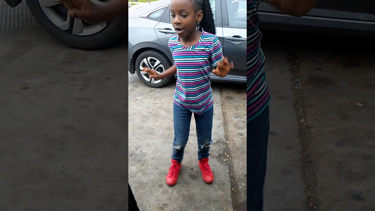 a-star alia renea dancing to kid goals at gas station - youtube