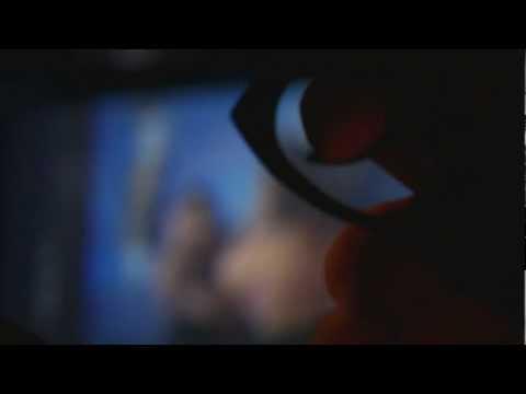 """trailer """"Il profumo delle sette note nere"""""""