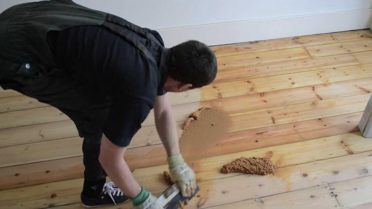 Mixing Epoxy With Sawdust