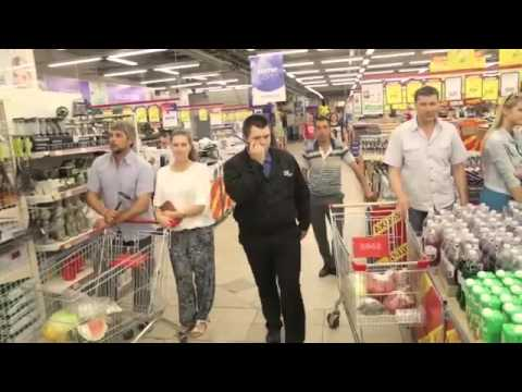 Kalinka singing flash mob in a Russian supermarket