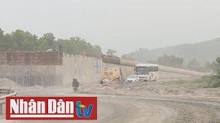 Giao thông 24h: Người dân khốn khổ vì bụi làm đường