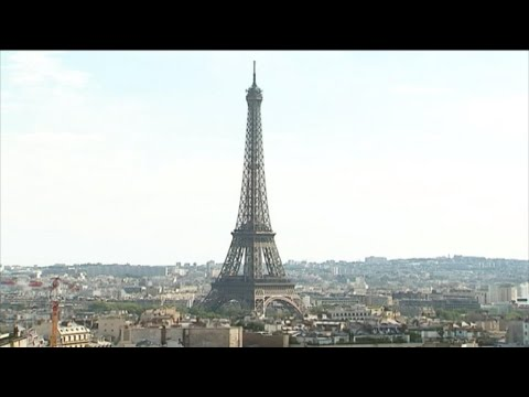 Business daily - French tourism at record high in 2018 despite Yellow Vest protests