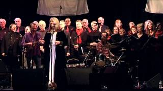 Maddy Prior & The Carnival Band: Carols & Capers 2014 Trailer
