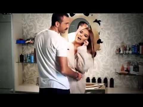Nasip Değilmiş  Demet Akalın feat Özcan Deniz 2013 Klip)