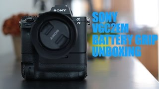 Unboxing the VGC2EM Sony A7RII A7II Vertical Battery Grip