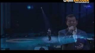 加山さんの「武道館」ライブのときの「愛燦燦」です。 皆さんもご存知こ...