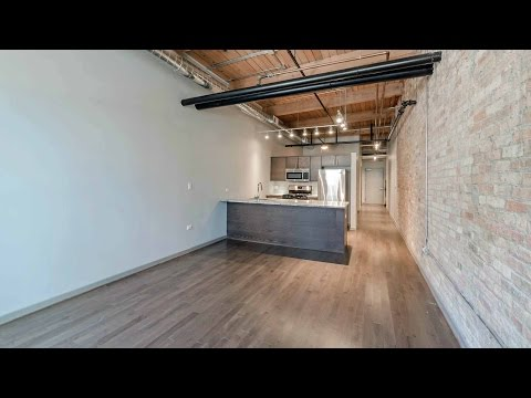 Tour a Streeterville convertible at The Lofts at River East