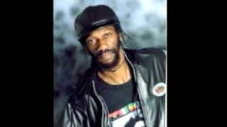 Reality Shocking riddim mix - Extract of the Unique Reggae Mix Show 178 (01/07/10)