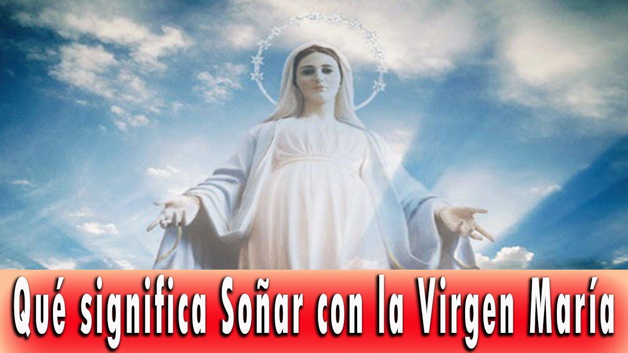 Sonar con una virgen vestida de blanco