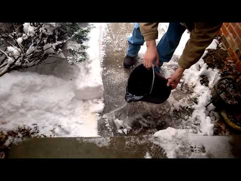 Can You Melt Sidewalk Ice With Dawn Dish Soap?