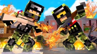 FLAMETHROWER  vs FLAMETHROWER! - Minecraft Mods (Flan's Gun Mod)
