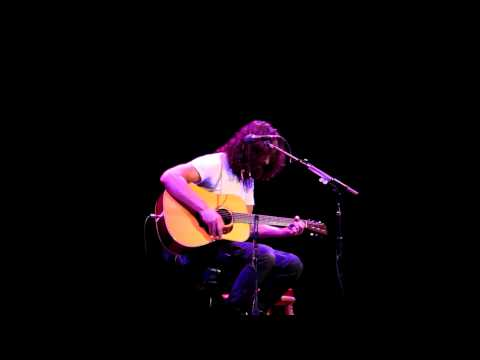 Chris Cornell - Thank You (Victoria 2011)