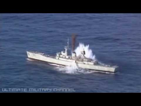 TORPEDO SINKS SHIP! Attack sub OBLITERATES DESTROYER with direct hit! Test only, NOT real combat