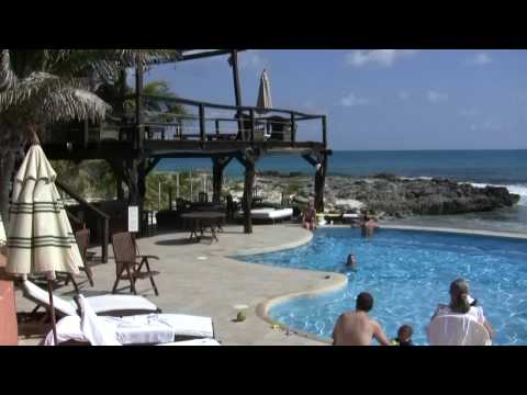 Video of Playa la Media Luna hotel