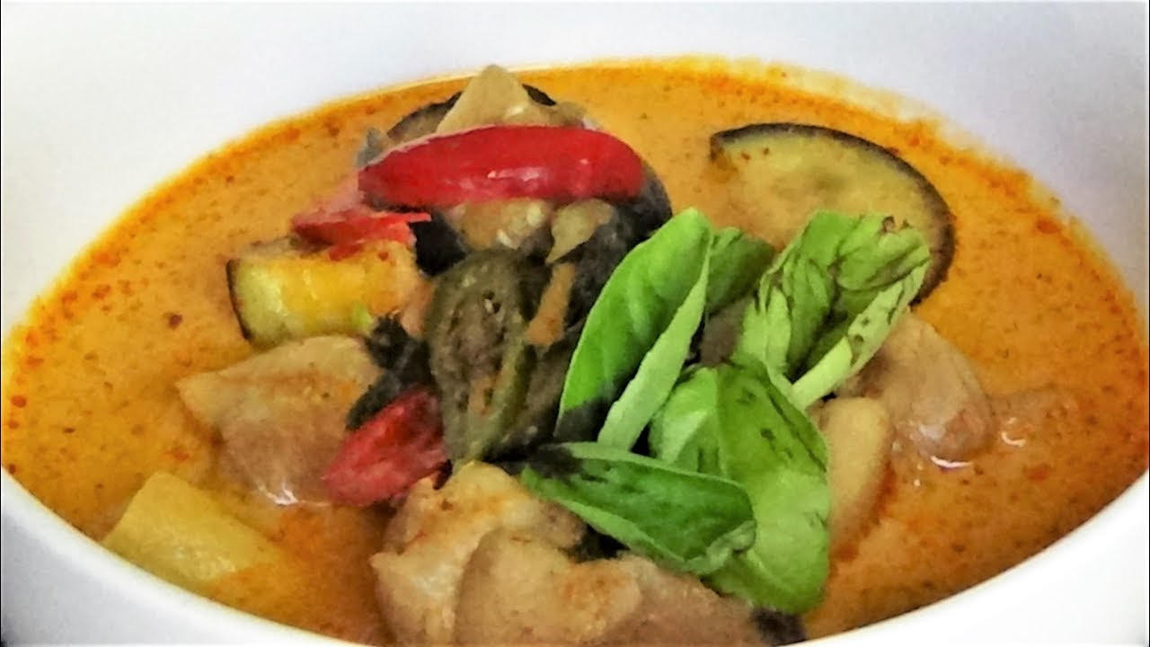 Thai Chicken Curry With Eggplant