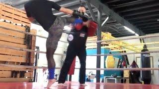 Muay Thai Training - Tess Kielhamer - Dave Janson