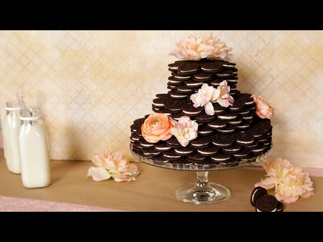 How To Make The Oreo Wedding Cake Of Your Dreams Eat The Trend Youtube