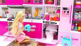 Barbie Diy Doll Kitchen Set Up Real Cooking Refrigerator Puppenn Kuche Echtes Kochen Youtube