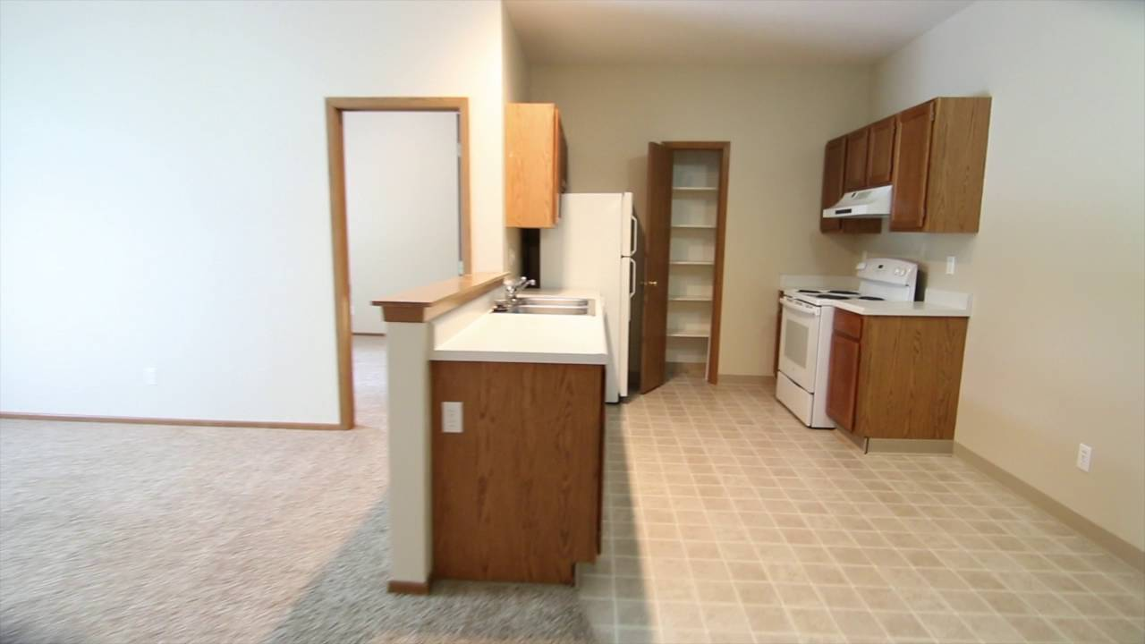 2 Bedroom Apartment In Ames IA At Wyndham Heights   YouTube