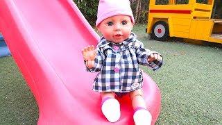 Беби Аннабель Ходит Прогулка На детской Площадке Куклы Пупсики Мультик