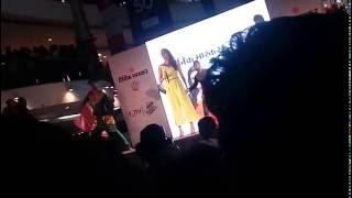 Bang Bang Neeti Mohan Live