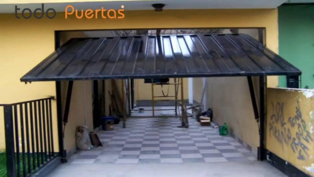 Puerta autom tica levadiza met lica lima peru youtube for Puerta garaje metalica