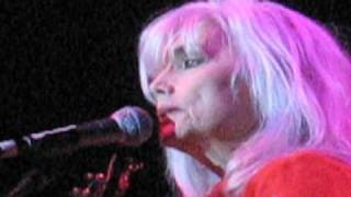 "EMMYLOU HARRIS - RARE Live ""Love and Happiness"""