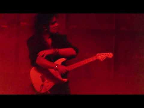 Yngwie Malmsteen at cone denim center greensboro nc, 11-11-17..Acoustic Paraphrase