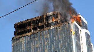 В Одессе возле Аркадии сгорела 24-этажная высотка: есть пострадавшие(В Одессе возле пляжа Аркадия на Гагарин-плаза из-за нарушения норм пожарной безопасности сгорел 24 этажный..., 2015-08-29T17:46:36.000Z)