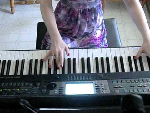 The Coolest Girl (AVPS)  By Darren Criss.  Piano Instrumental/Karaoke