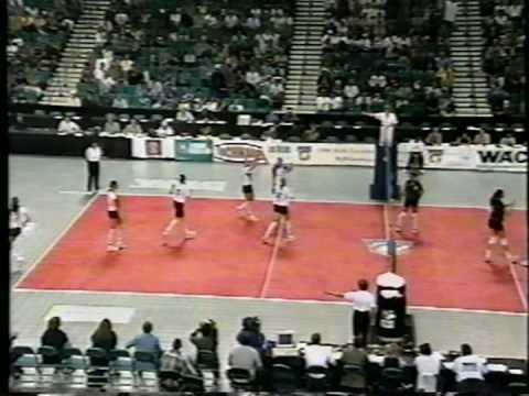 7 Wahine Volleyball g2
