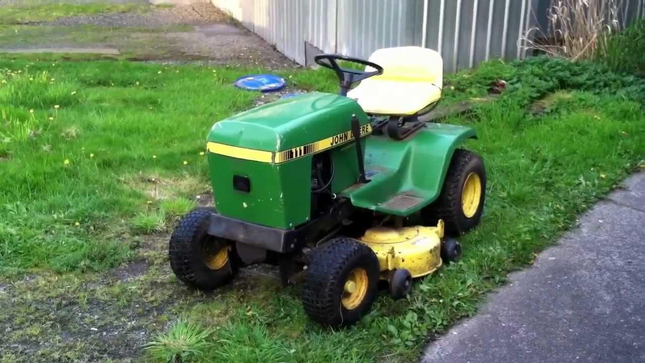 John Deere Lawn Mower 111 Youtube