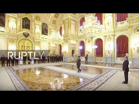 LIVE: Putin to receive credentials from new ambassadors to R