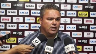 Adson Batista afirma estar decepcionado com torcida do Atlético